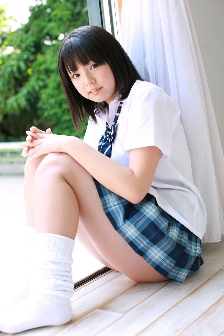 xxx-asian-schoolgirl
