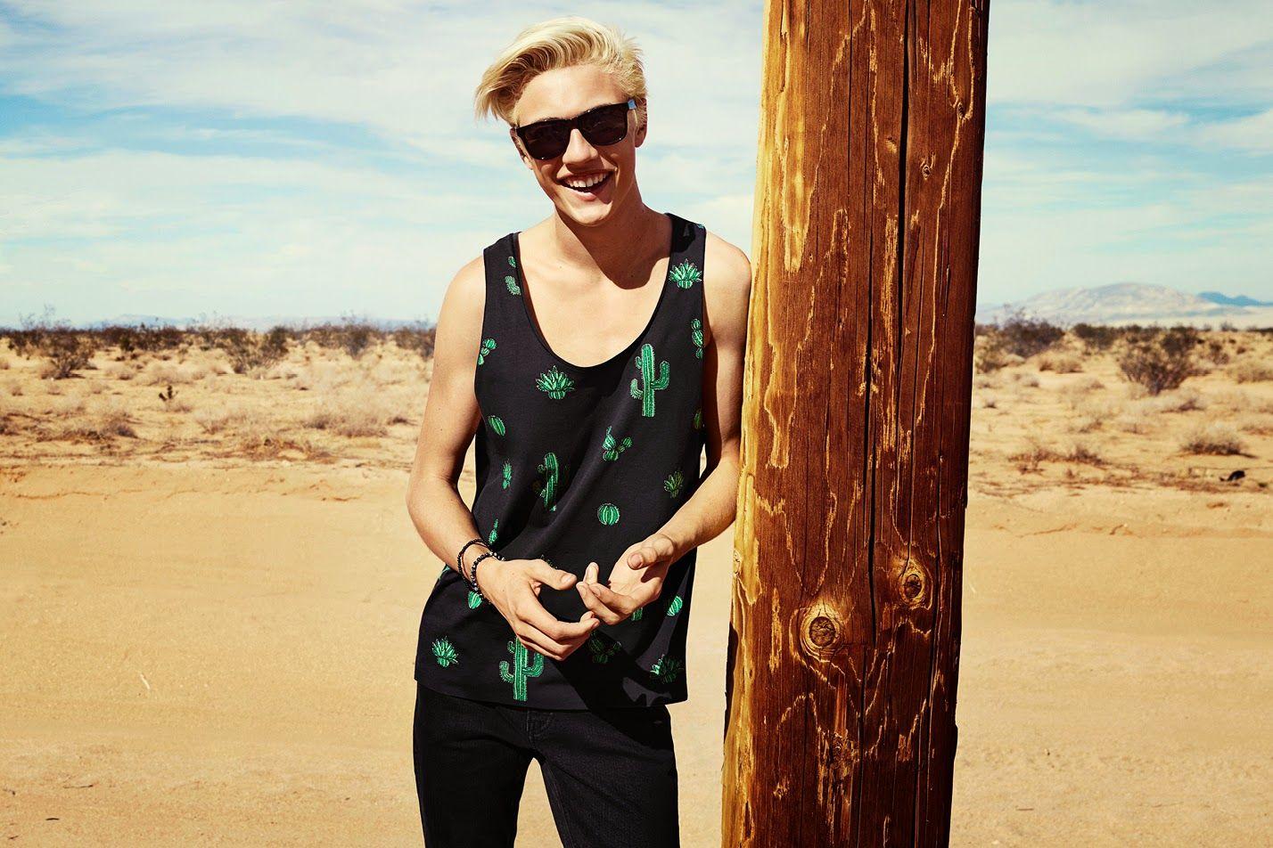 H&M loves Coachella at Fashion Mood Book blog