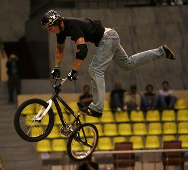 Ryan Guettler | BmX ! | Bmx, Gold medal winners, Stunt bike