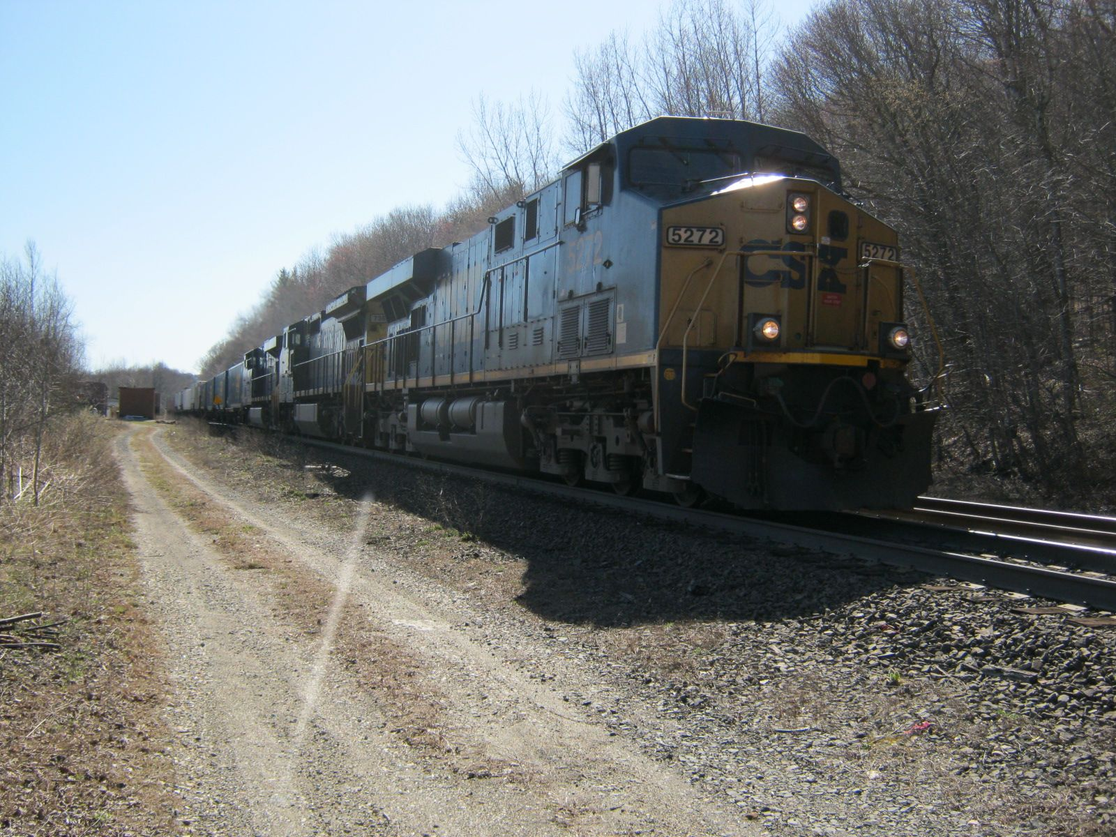 CSX Train Q425 Descending