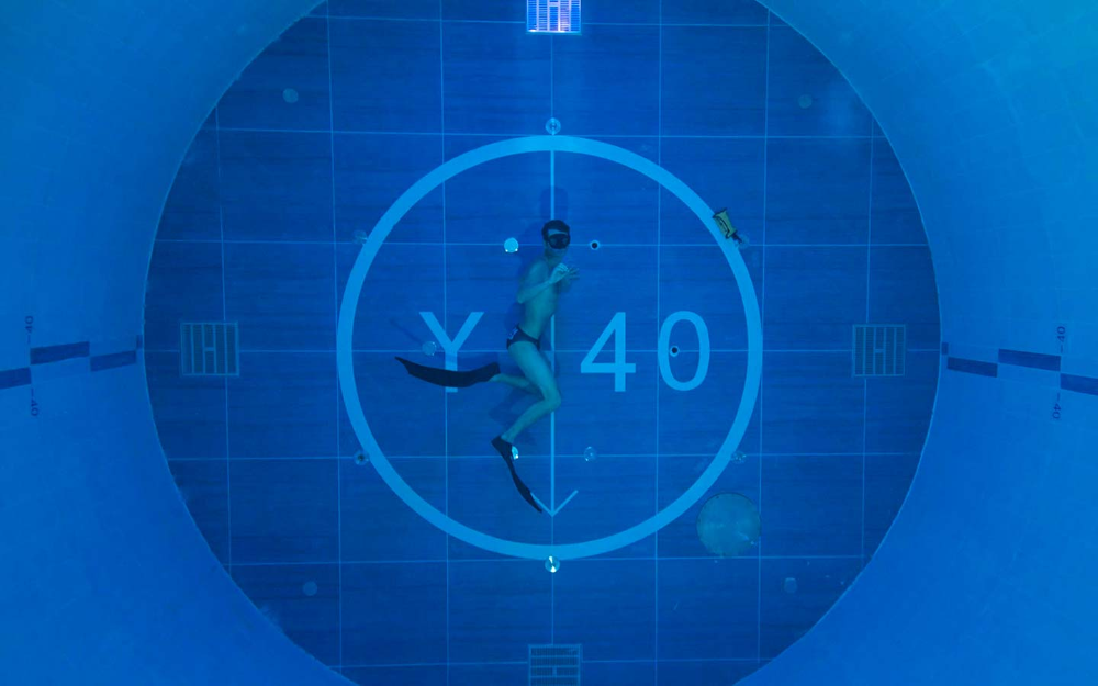 Record indoor pool 40 meters in depth Padua Project