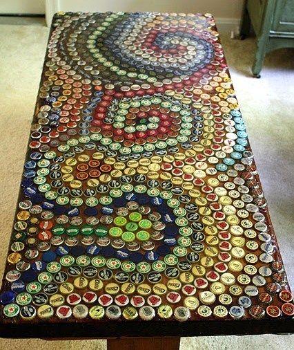 Table Basse Capsules Http Www Nafeusemagazine Com Recycler Des Capsules De Biere A820 Html Bottle Cap Table Beer Cap Table Bottle Cap Crafts