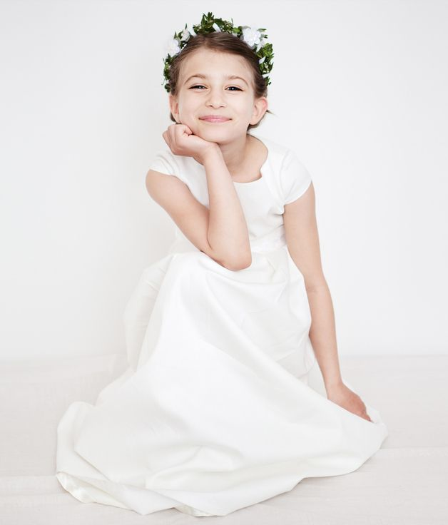 Party Outfits – H.A.N.N.A flower girl dress – a unique product by Femkit4Brides on DaWanda