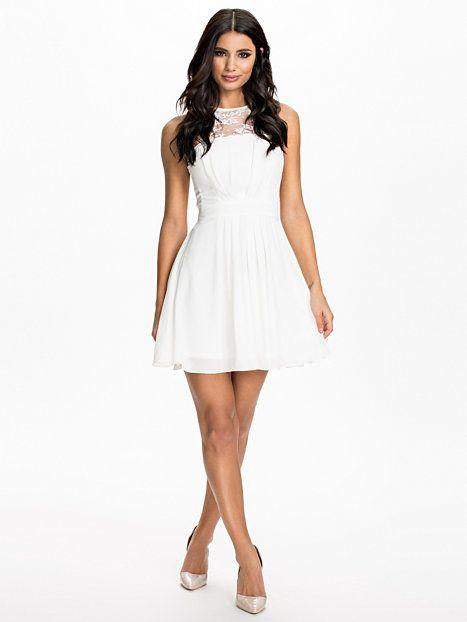 60f22c89d6f9 Chiffon Skater Dress - Elise Ryan - White - Party Dresses - Clothing -  Women - Nelly.com