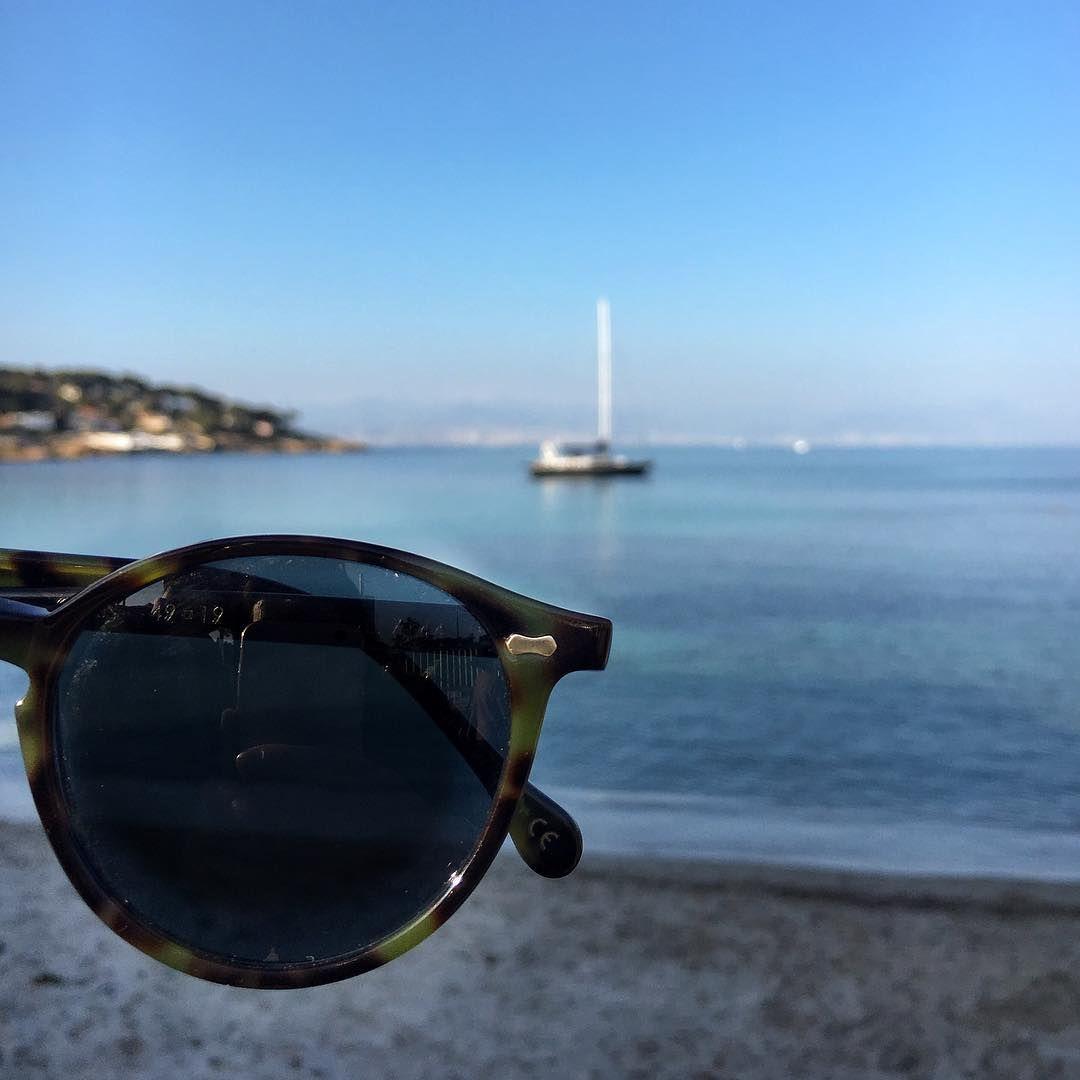 Our co-founder @fabioattanasio at La Garoupe beach in Cap d'Antibes with his Cran forest green sunglasses  #tbdeyewear #capdantibes #cotedazur #lagaroupe #plage #cran #handmade #craftsmanship