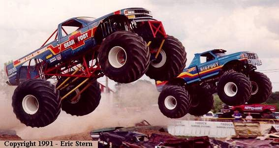 Monster Truck Racing Com Warren Pinterest Monster Trucks