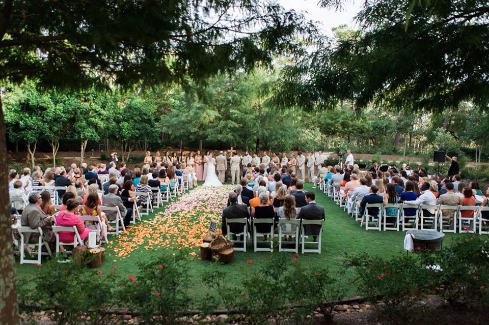 Wedding Ceremony In Western Lake Park At Watercolor Inn Resort Fl