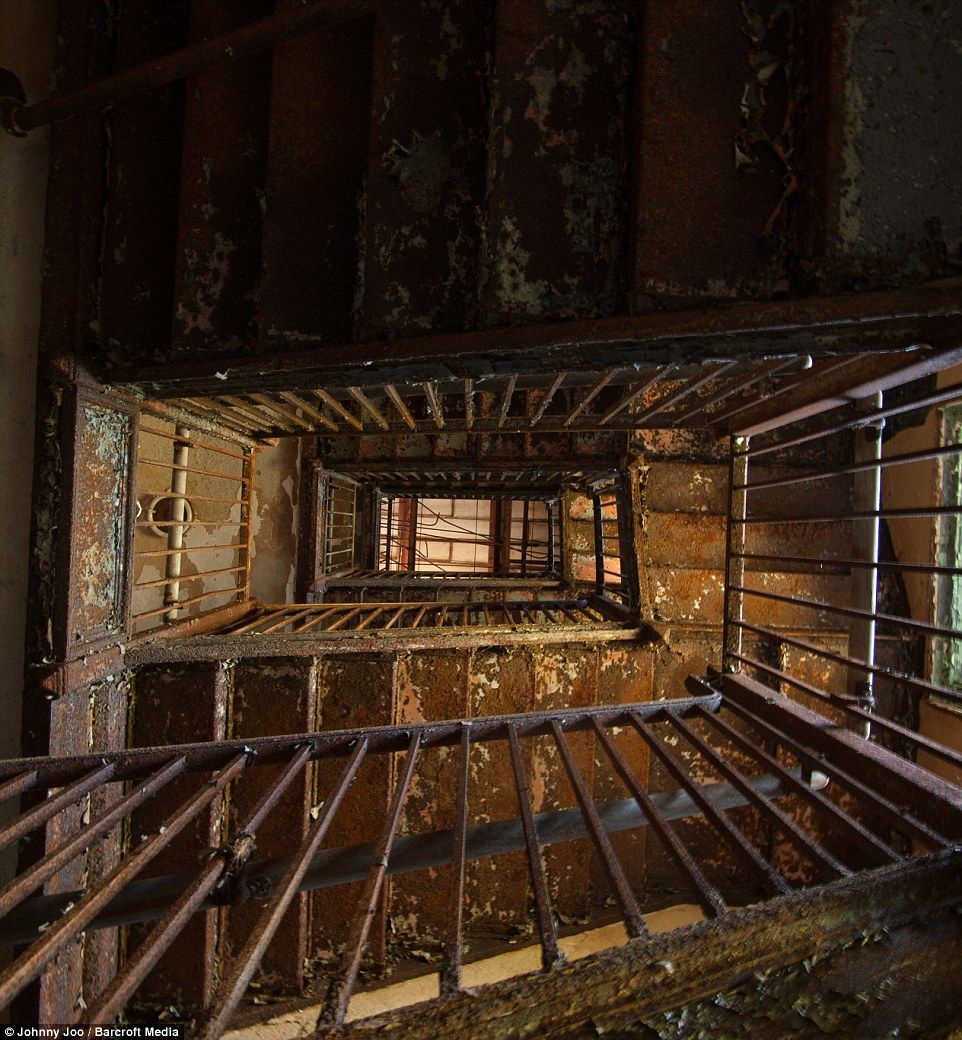 Haunting Images From Inside The Abandoned Maryland Mental