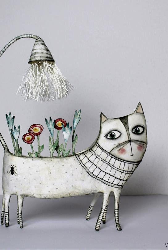 Gina, la fioraia.   Cat Love   Pinterest   Paper mache, Wire art and ...