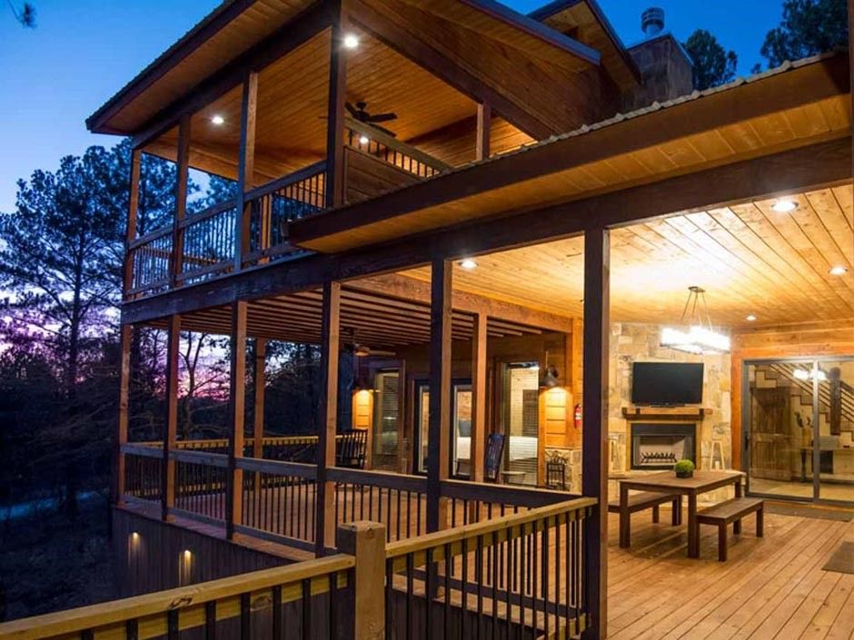 Broken Bow Vacation Cabins Rustic Heights Two Bedrooms Accommodates Up To 6 Guests Pet Friendly Wifi Hot Tub Hot Tub Rustic Retreat Lake Cabins