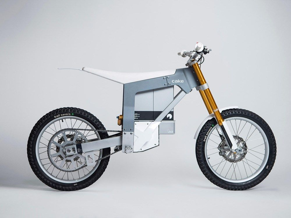 Cake Launch First Road Legal Electric Motorbike Electric