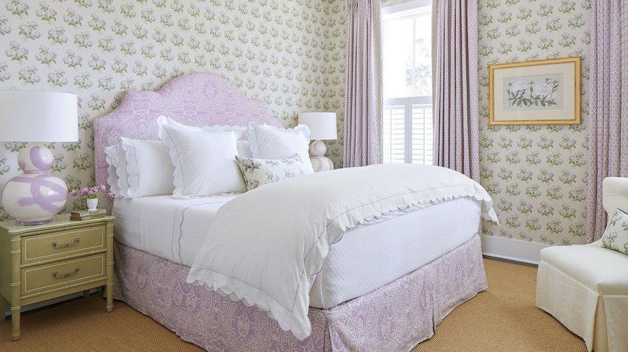 See Inside Julia Berolzheimer S Charming Charleston Home Home Decor House Interior Home Decor Styles