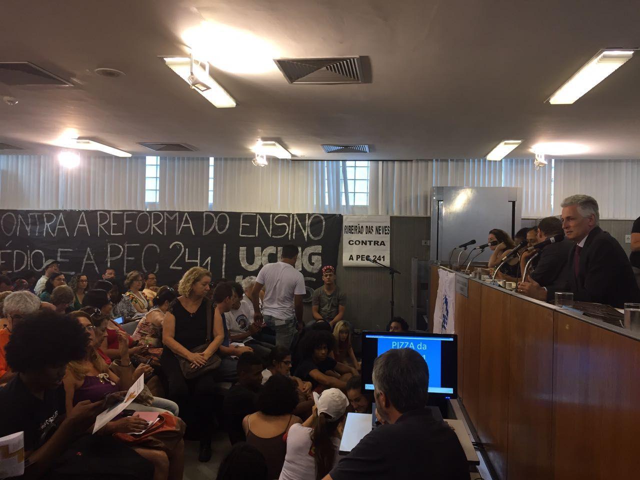 Rogerio Correia, denúncia, Aécio neves, corrupção, PEC 241ou PEC 55/2016, movimento estudantil, ocupação,