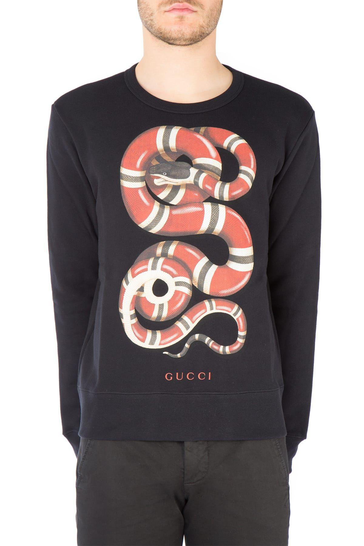 GUCCI Felpa realizzata in jersey di cotone felpato arricchita dalla stampa  Serpente Reale nella parte frontale 05320b3e518