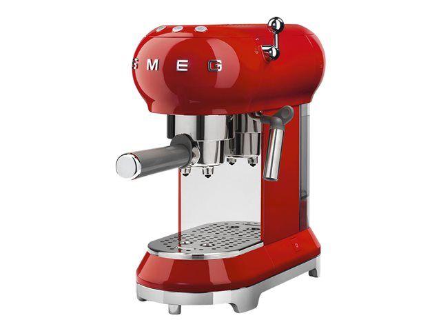 Retrouvez Votre Produit Smeg 50 39 S Style Ecf01rdeu Dans L 39 Espace Expresso Et Cafetiere Expresso Smeg Espresso Machine Espresso Coffee Machine