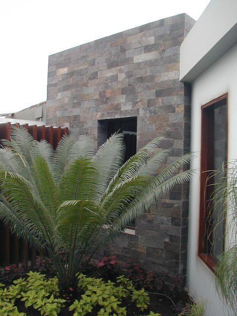 Resultado de imagen para fachadas casas porfido frentes for Jardineras modernas exterior