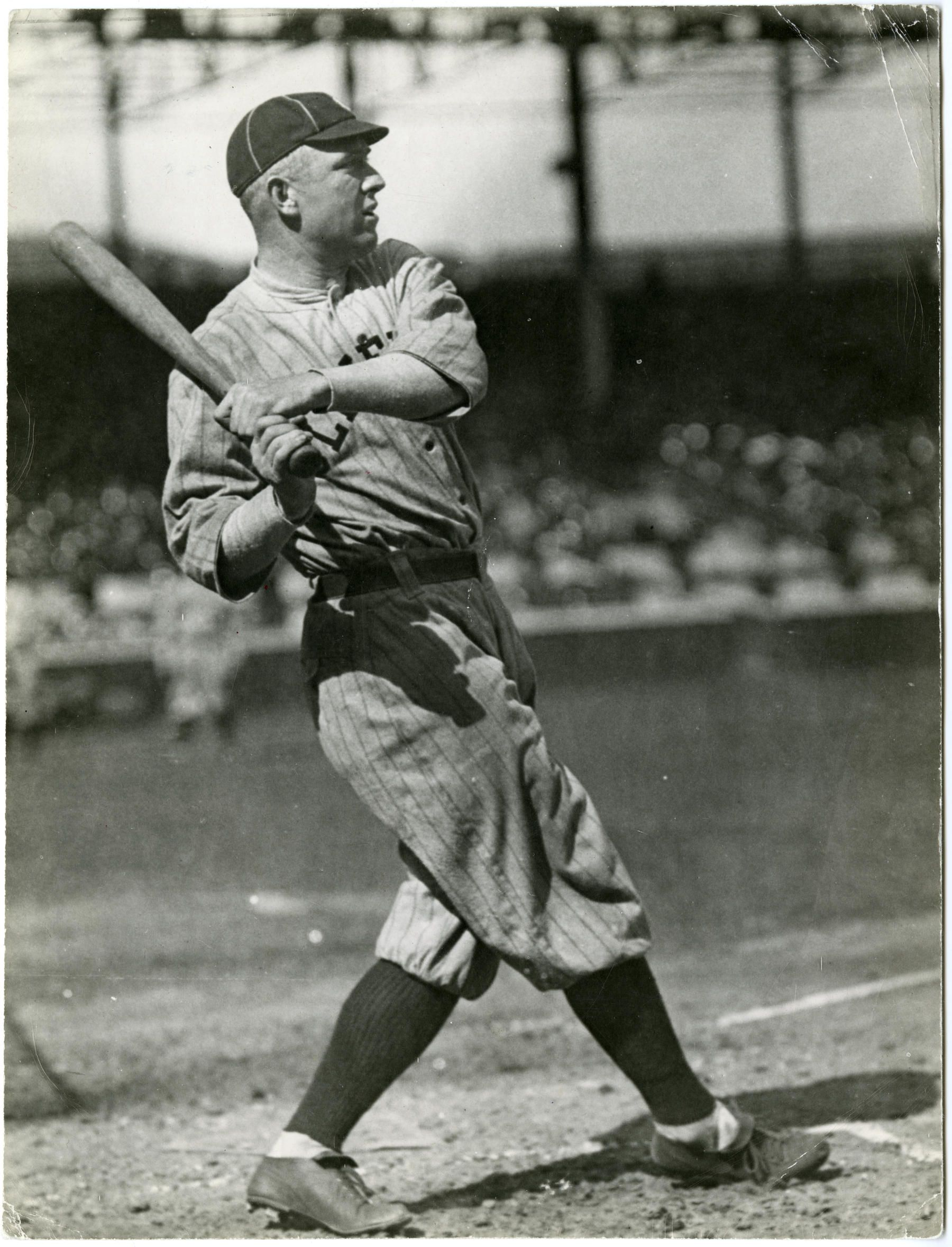 Musial Passes Speaker On All Time Hits List Tris Speaker Nationals Baseball Baseball