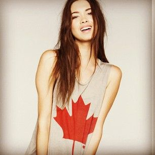 Canada T-shirt by Brandy Melville