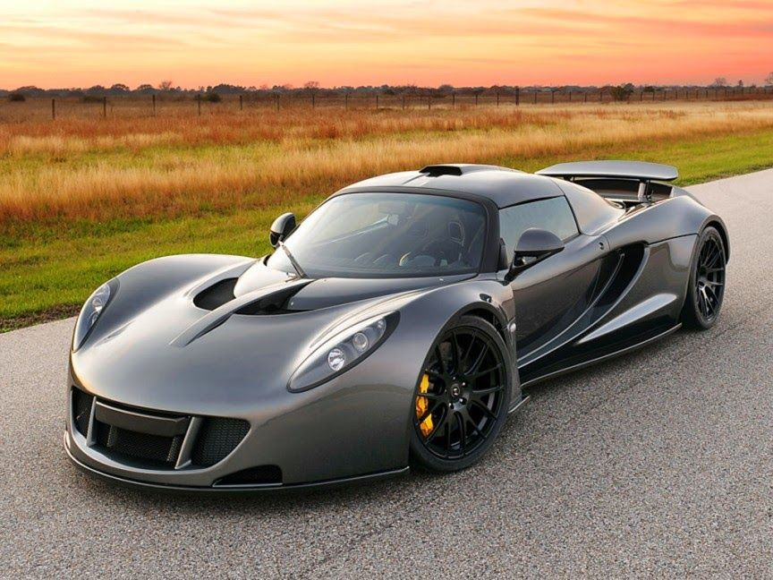 Hennessey Venom Gt 270mph 435 Km H The Fastest Car In The World