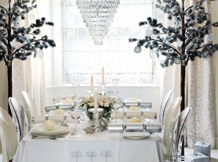 weihnachtstisch dekoration in wei christmas cookies and co pinterest weihnachtstisch. Black Bedroom Furniture Sets. Home Design Ideas