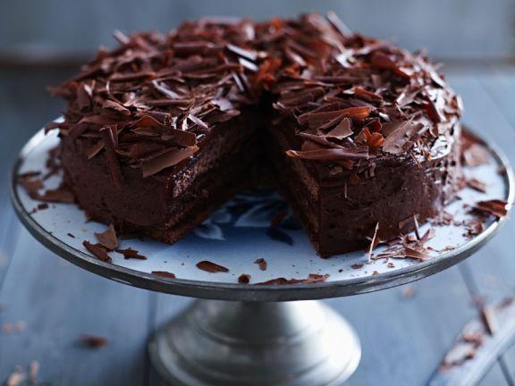 Schokoladencremetorte ist ein Rezept mit frischen Zutaten aus der Kategorie Sahnetorte. Probieren Sie dieses und weitere Rezepte von EAT SMARTER!