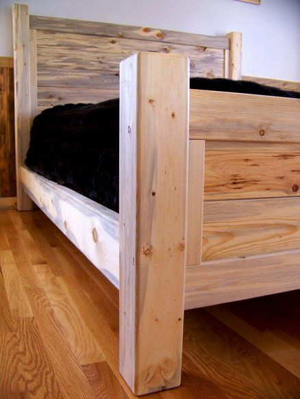 Beetle Kill Pine Queen Bed With Images Pine Bed Frame Bed