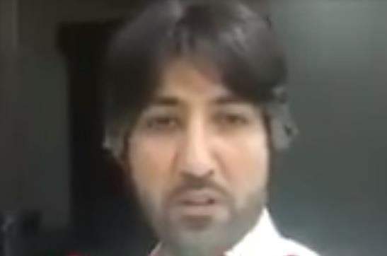 بالفيديو بن نحيت الذي أساء لابني مكلبش وفي السجن اخباريات News