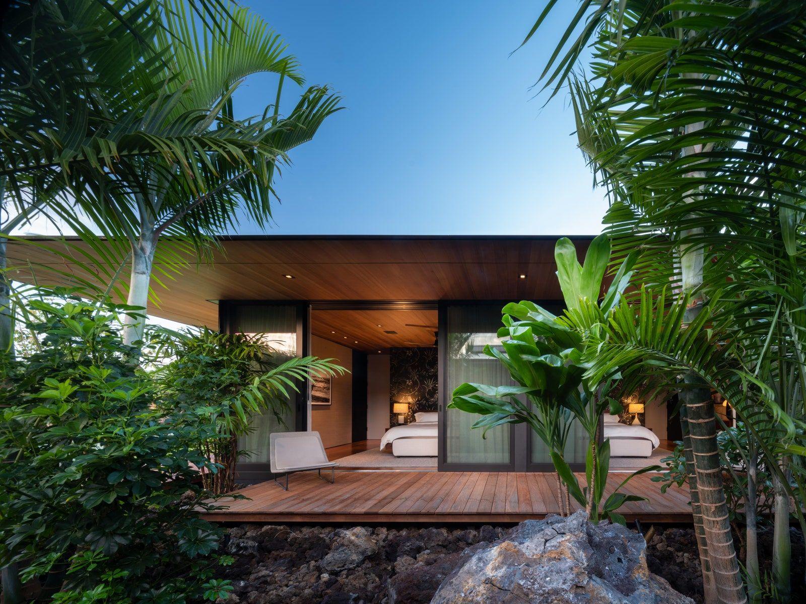 Olson Kundig S Latest Design Embraces Its Hawaiian Habitat Hawaii Homes Floating House Architecture