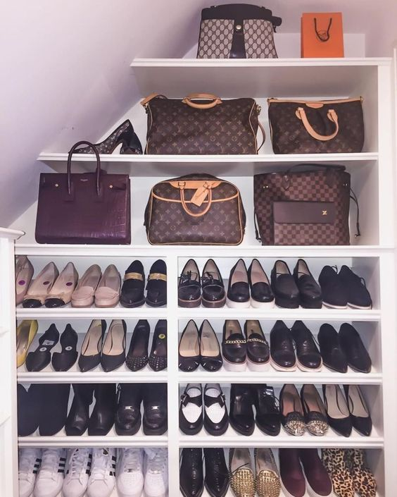 10 Dreamy Shoe Closets For The Fashionista In You Daily Dream Decor Closet Bedroom Closet Hacks Tiny Closet