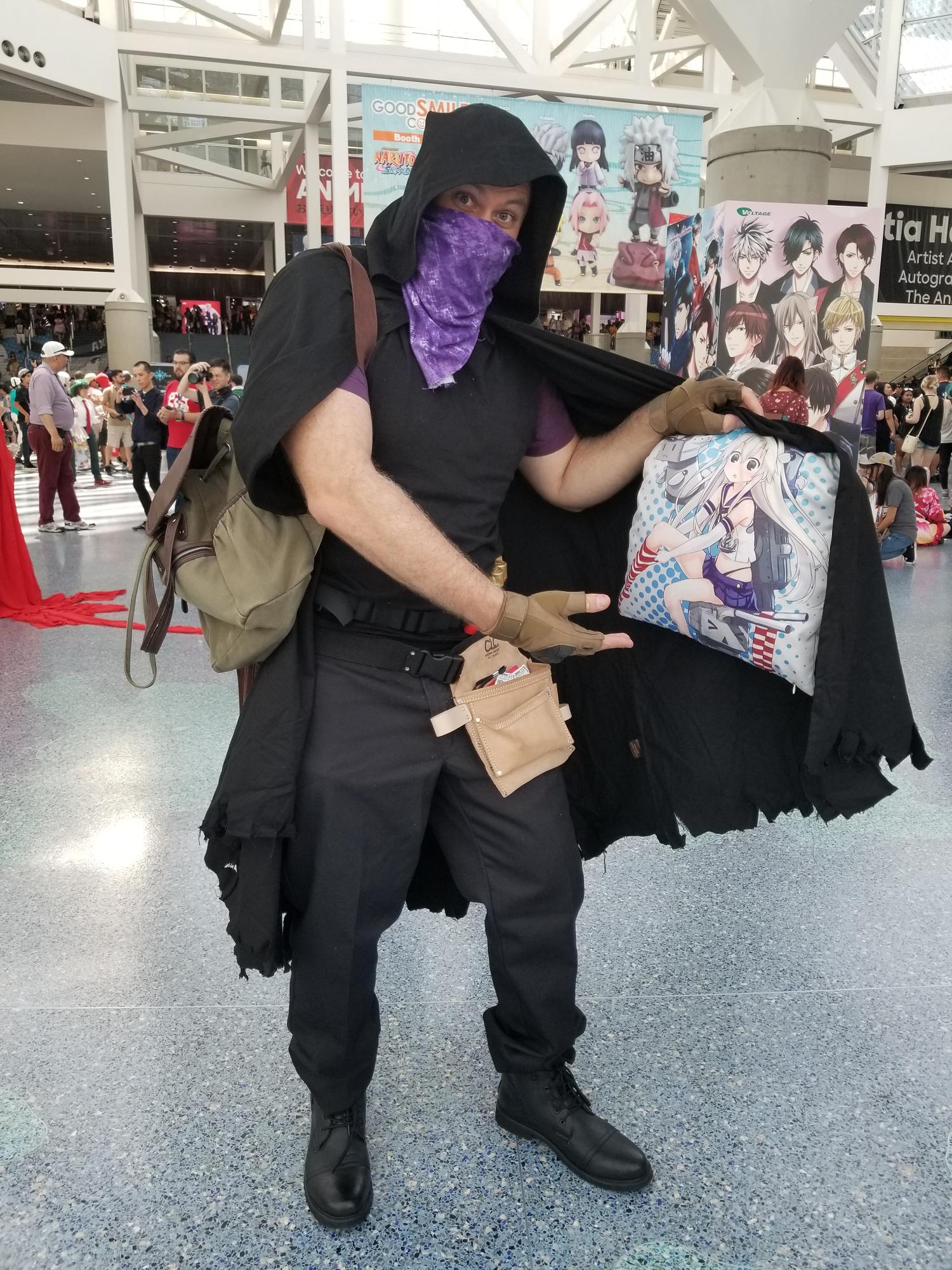 Got A Lot Of Good Things For Sale Stranger Resident Evil 4 Merchant Cosplay At Anime Expo 2018 Resident Evil