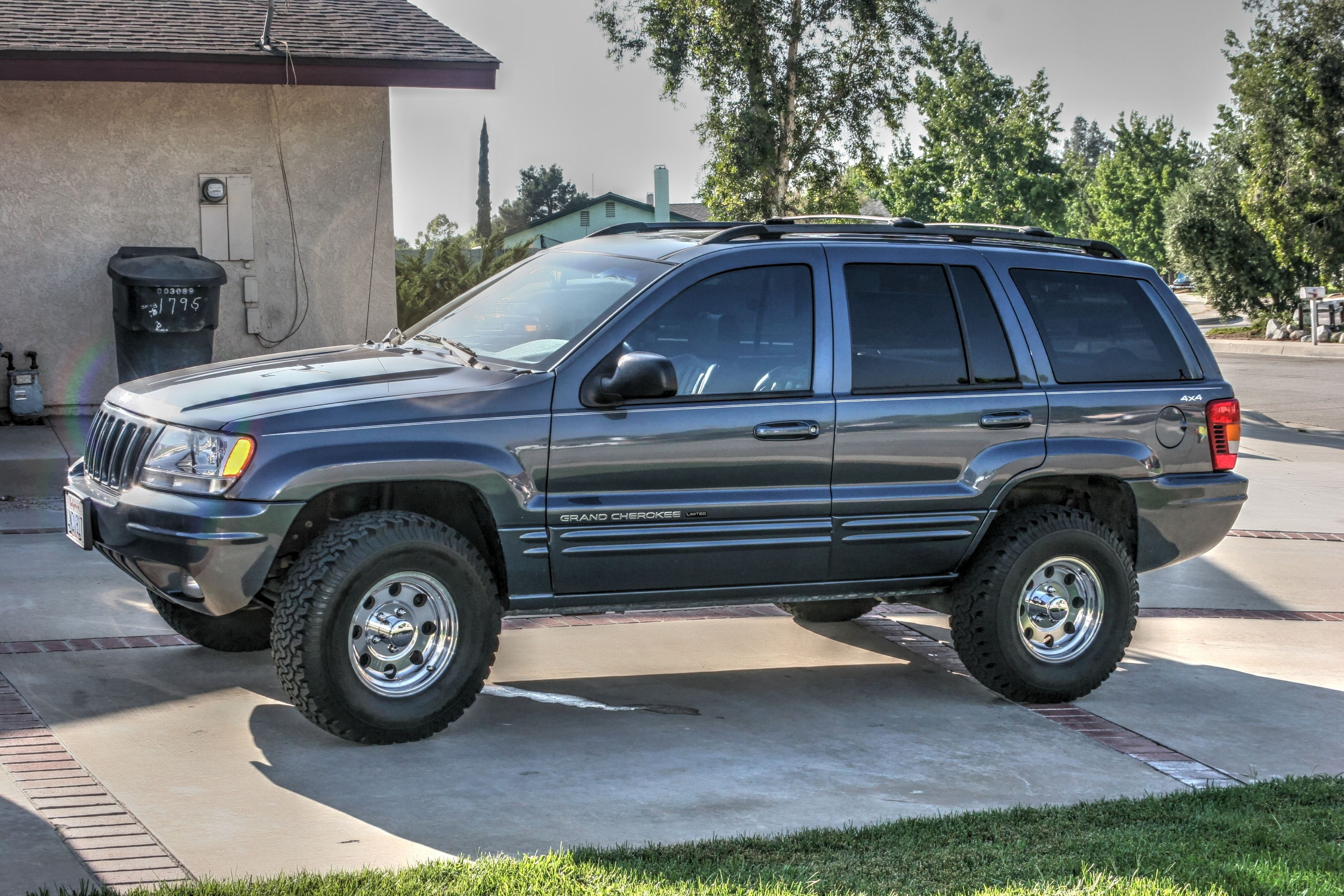 2000 jeep grand cherokee limited before lift jeep wj. Black Bedroom Furniture Sets. Home Design Ideas