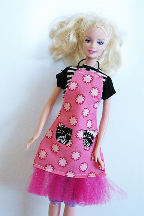 Free Sewing Patterns for Barbie and Friends Dolls\' Clothes | Apron ...