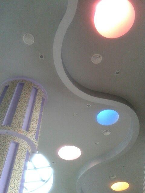 Iluminacion e interiorismo vista al techo. Hotel Riu krystal Cancun. Photo by: Daniella Cucalon Garcia