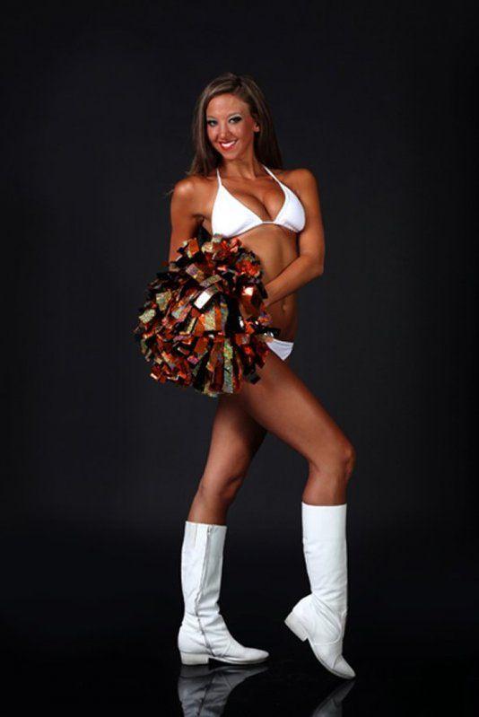 Cincinnati cheerleader coach naked picture 577