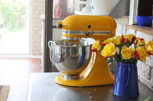 Fine Kitchenaid Mixer In Yellow Pepper Less Than Three Home Interior And Landscaping Analalmasignezvosmurscom