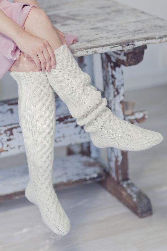 Naisen pitkät palmikkosukat Novita 7 Veljestä   Novita knits
