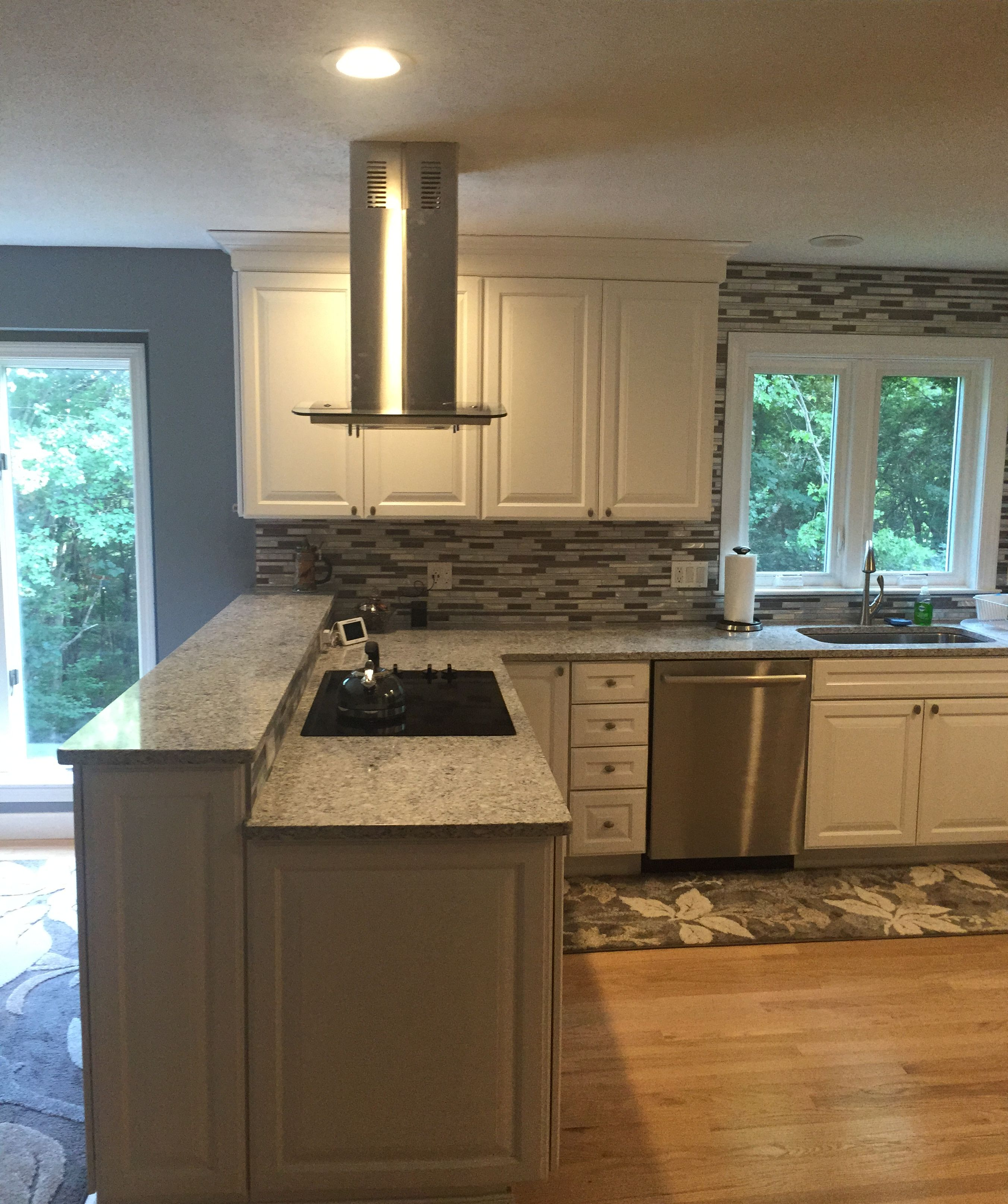 Pin By Diamond Cabinetry At Lowe S On Kitchen Kitchen Installation Kitchen Remodeling Services Real Kitchen