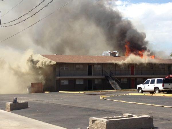 Lfd Crews Battling Fire At Oak Creek Apartments 09 02 2013 Oak Creek Fire Blazed