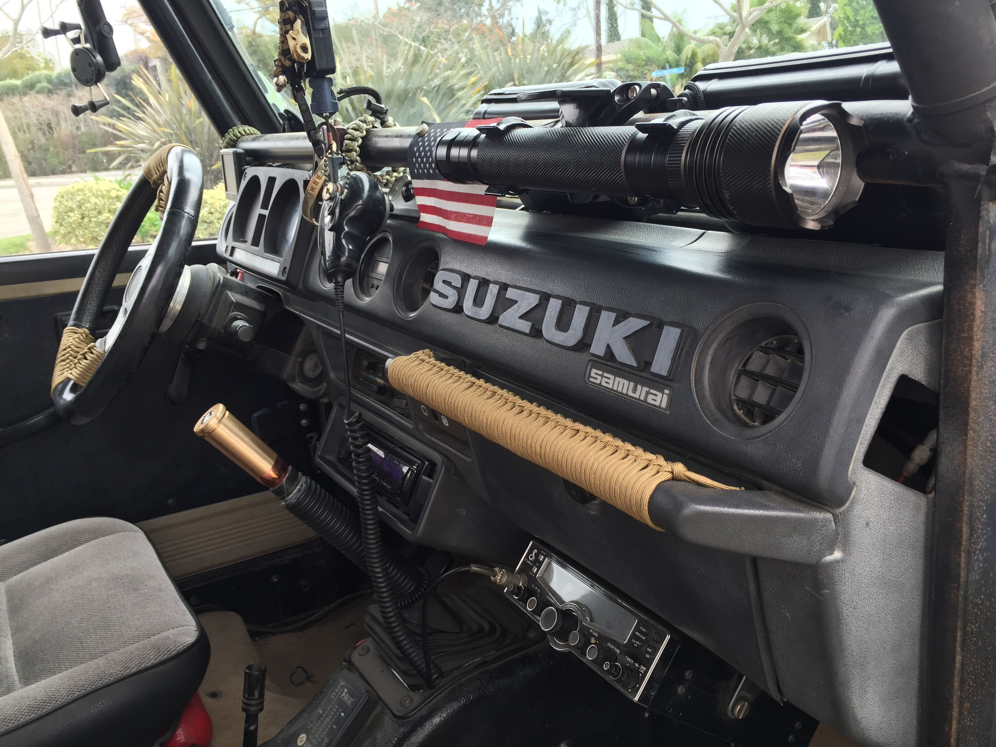 Paracord Use Suzuki Samurai With Images Suzuki Samurai Suzuki