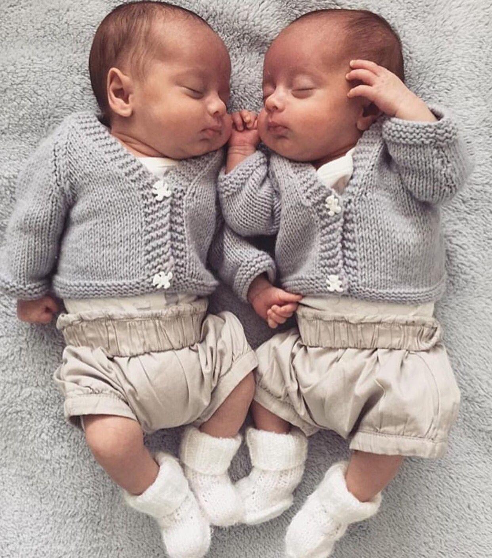 Картинки мальчиков близнецов