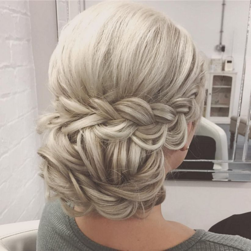 Cool 41 Fabulous Bridal Hairstyles Inspirations Ideas For Long Hair Http Viscawedding Com 2018 04 17 41 Fab Long Hair Styles Hair Styles Bridesmaid Hair Updo