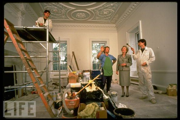 Election special blog: Downing Street makeover. Maggie Thatcher decorating her house