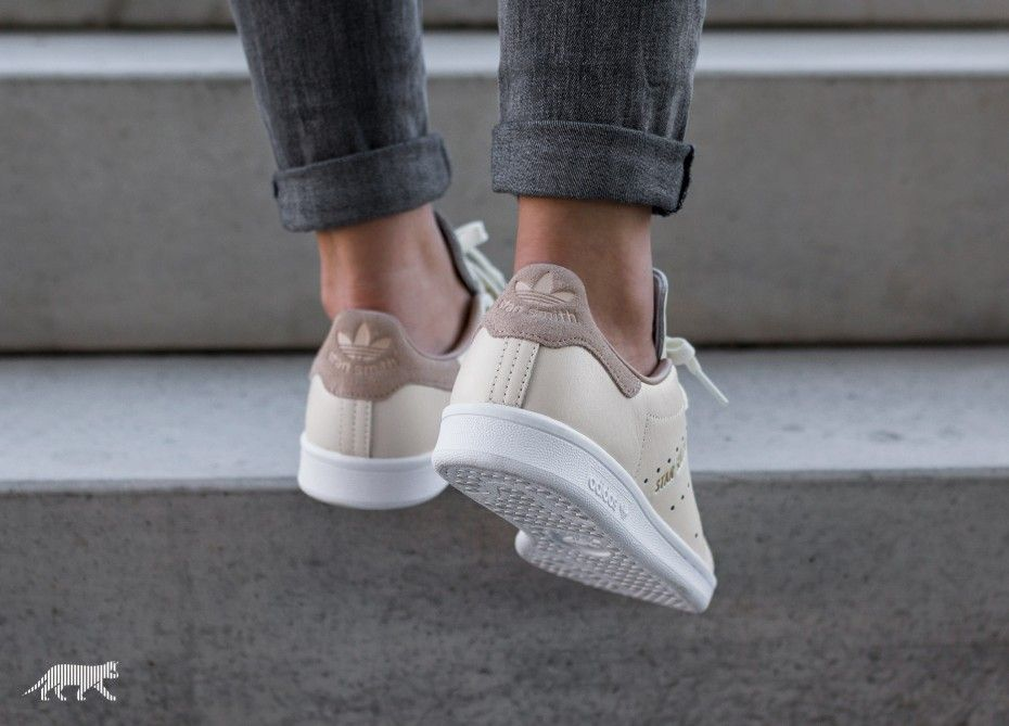 c7e7dee7697e adidas Stan Smith W (Off White   Off White   St Pale Nude)