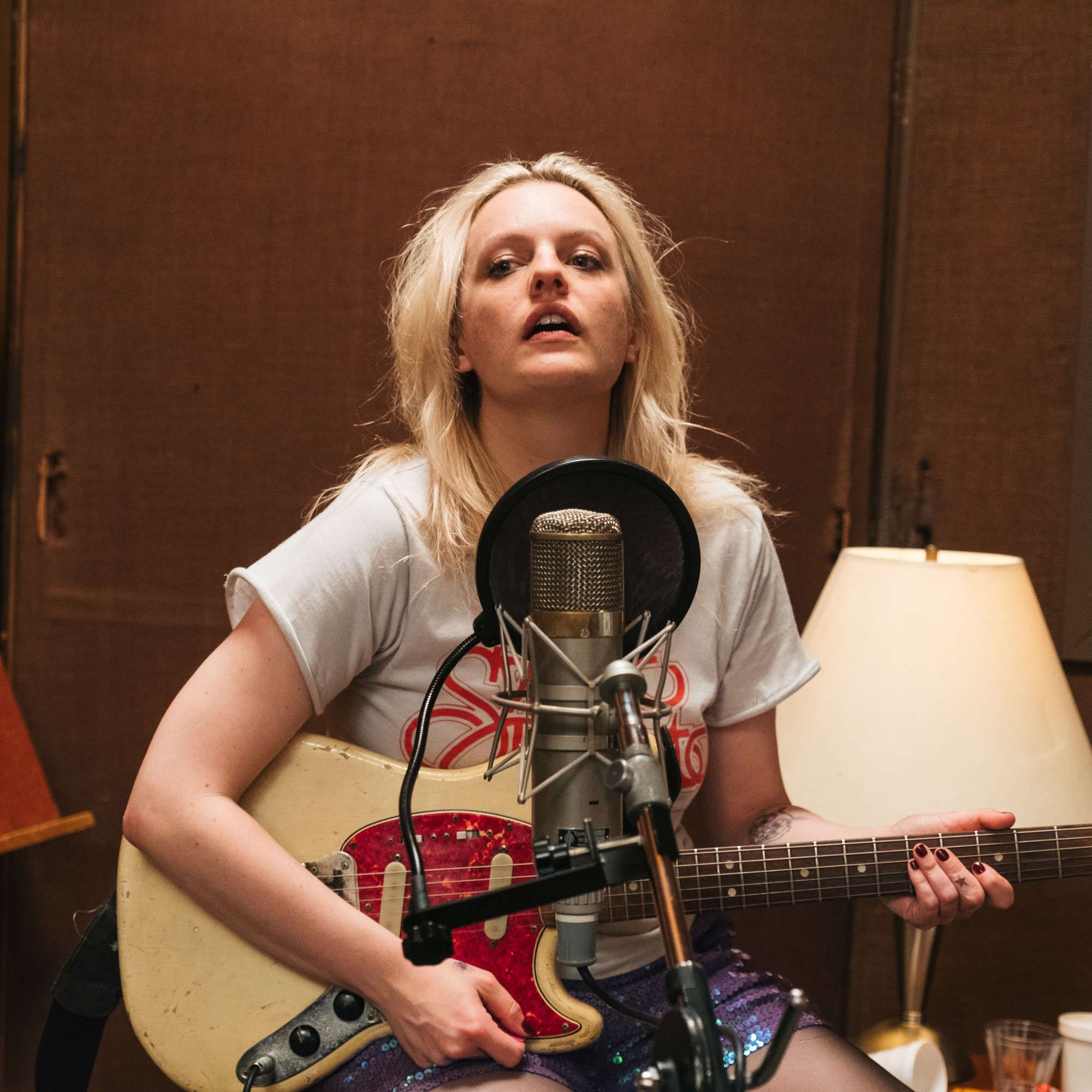 The 21 Most Underrated Movies Of 2019 Elisabeth Moss Movies Alex Ross Perry