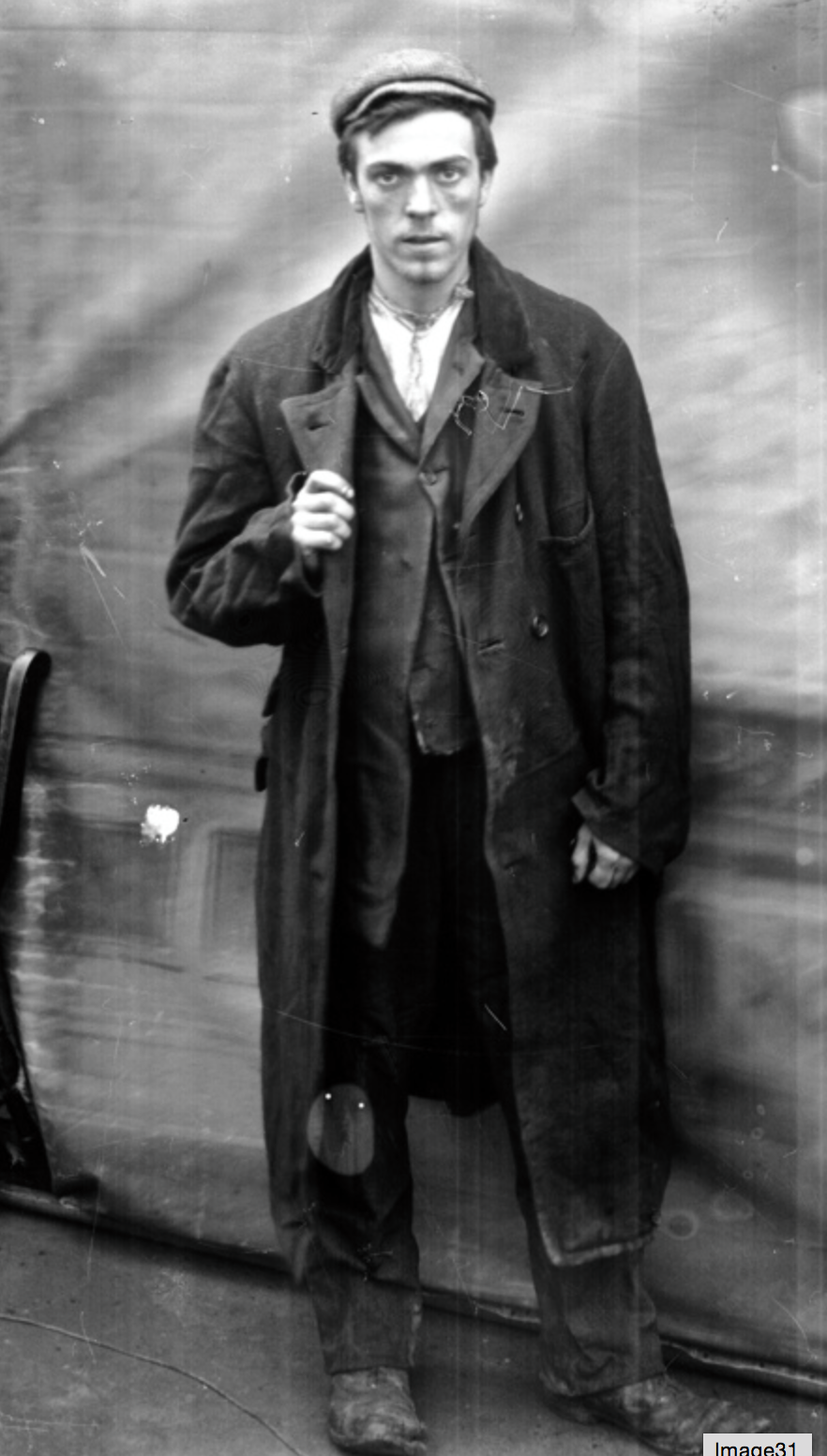 Pin By Marucho On Our Town Whitechapel Victorian Men Poor Clothes