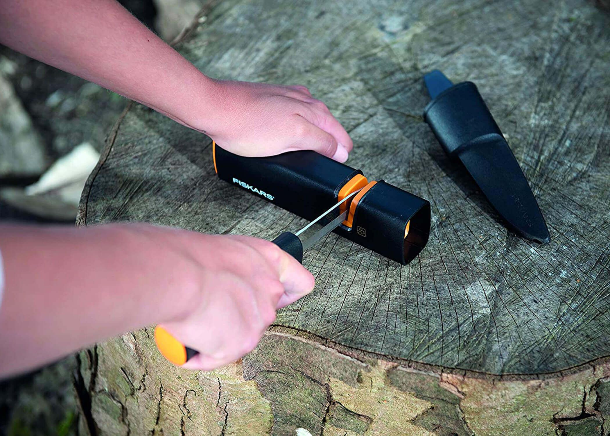 9 best axe sharpener 2020 learn how to sharpen an axe in
