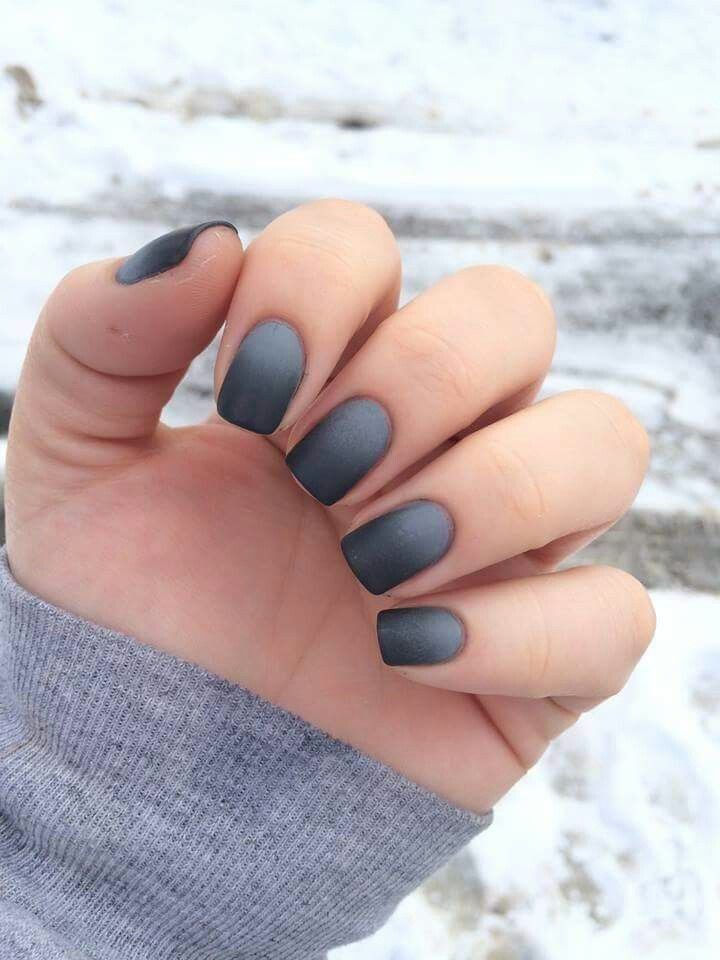 Matte black to grey ombre | Nails // Make Up & Beauty | Pinterest ...