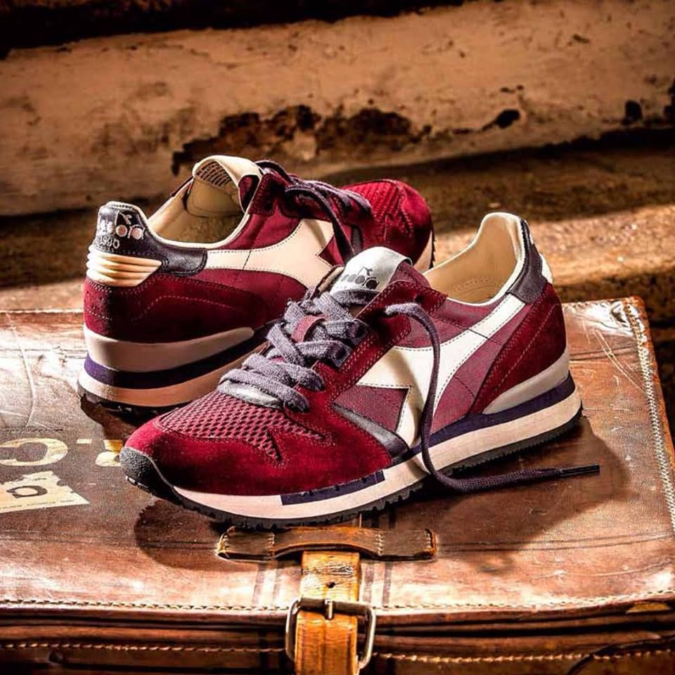Diadora Heritage Exodus NYL 90 Mens Classic Trainers Shoes in Tibetan Red