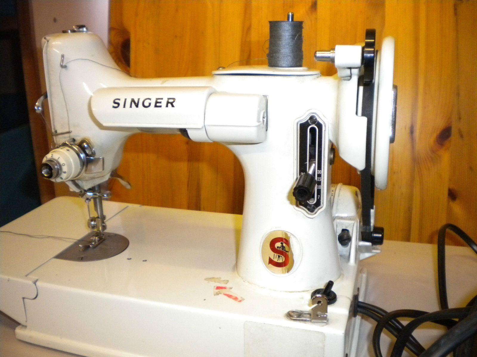VINTAGE SINGER SEWING MACHINE 221K SMALL CASED MACHINE | eBay