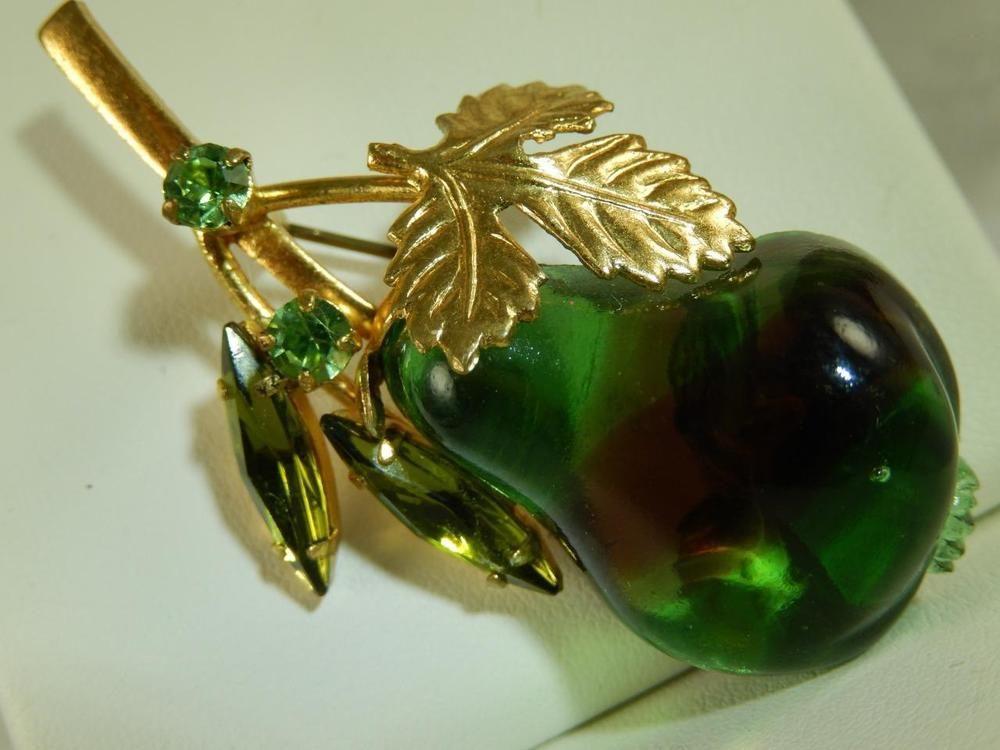 Emerald Green Red PEAR Figural PIN Vintage BROOCH Estate Austria Dichroic Glass
